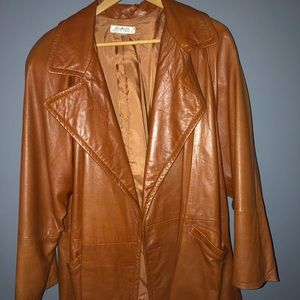 Ellen Tracy beautiful leather jacket